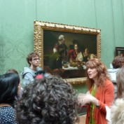 Prof Jean Sbarra Jones teaching at the National Gallery